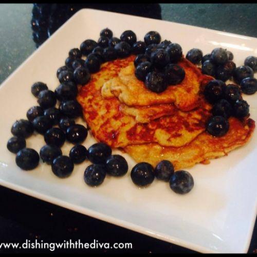 Simple Two-Ingredient Banana Pancakes